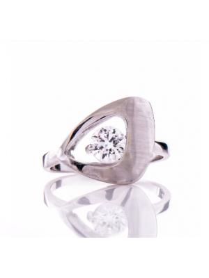 Сребърен пръстен триъгълен
