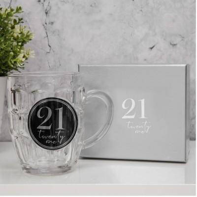 """Халба за бира с 3D с надпис - """"21"""" с обем 568мл."""