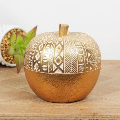 Красив позлатен ябълков орнамент с дървен ефект и сложни шарки.