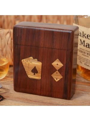 Дървена кутия с карти за игра и зарове